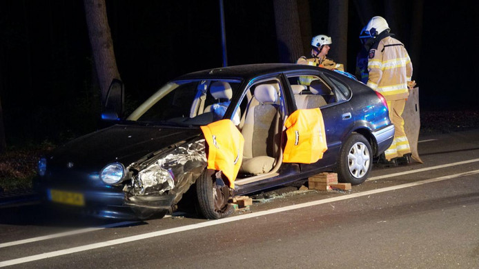 De bij het ongeluk betrokken personenauto.