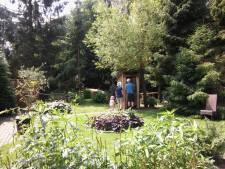 Gluren in de tuin van de buren op Open Tuinendag