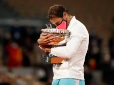 Oppermachtige Nadal schrijft historie na fraaie zege op Djokovic in finale Roland Garros