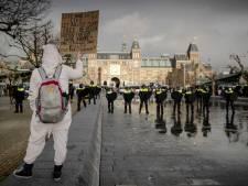 Bonte verzameling bij ontspoorde betoging: van Dave Roelvink tot bedreiger Pieter Omtzigt