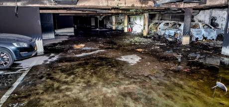 Zeer grote schade na brand parkeergarage Oosterhout: 'Zelfs de riolering is gesmolten'