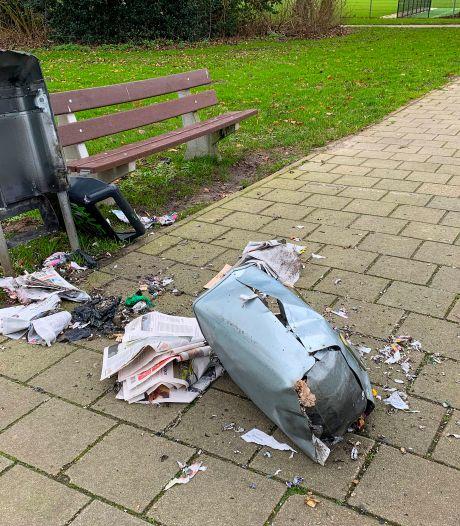 Eén afvalbak sneuvelt in Heeze-Leende door vuurwerk