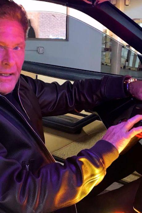 Knight Rider-auto van David Hasselhoff brengt veel minder op dan hij had gehoopt