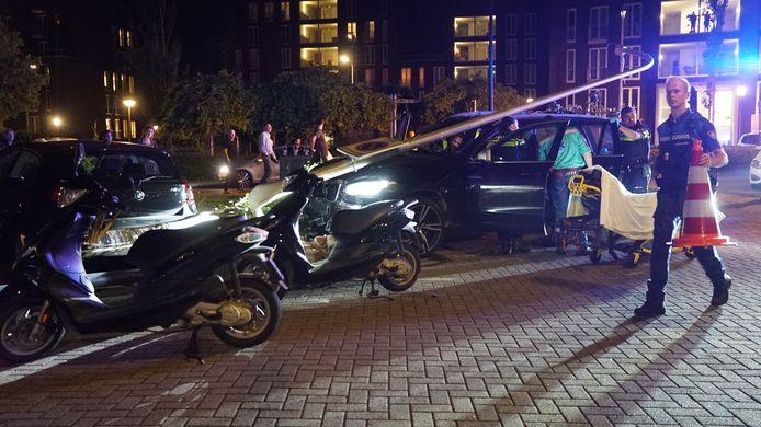De bestuurder moest naar het ziekenhuis worden gebracht.