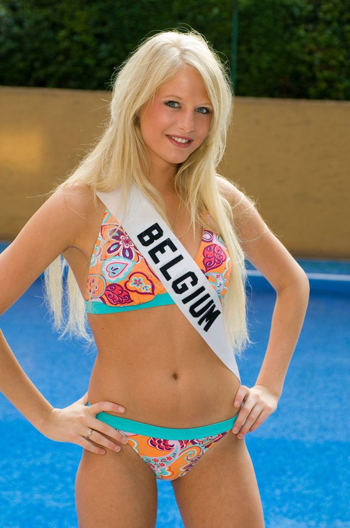Annelien Coorevits tijdens Miss Universe 2007.