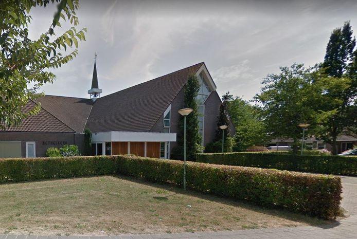 Het wordt zondag niet druk bij de Bethelkerk in Werkendam.