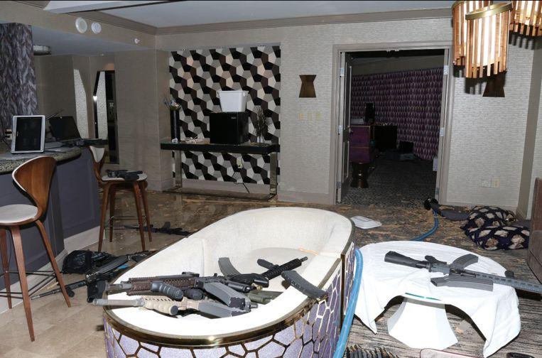 Het zicht op de hotelkamer in het Mandalay Bay Hotel van waaruit Stephen Paddock meer dan vijftig doden maakte en meer dan 500 mensen verwondde.