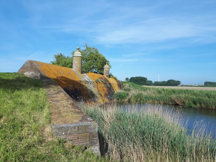 De Stenen Poppen in Klundert.