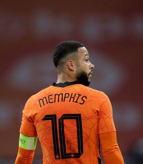 Memphis doet oproep aan jongeren na rellen, Van Persie vraagt om Rotterdam 'heel te houden'