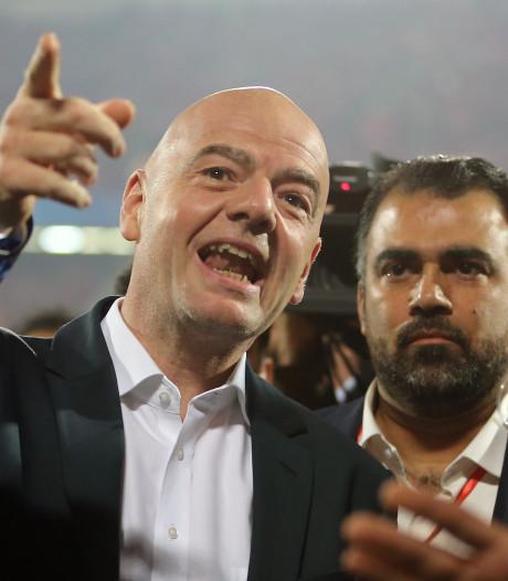 Blatter wil onderzoek naar Infantino: 'Waar is zijn transparantie nu?'
