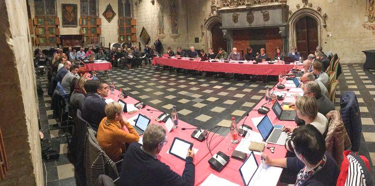 Meerderheid en oppositie zijn het erover eens: aan de raadstafel in het stadhuis moet ook een kindergemeenteraad kunnen plaatsvinden.