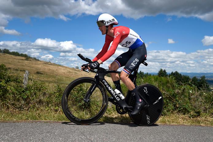 Dylan van Baarle schitterde nog niet in zijn kampioenstrui. Zo werd hij 29ste in de tijdrit van Critérium du Dauphiné.