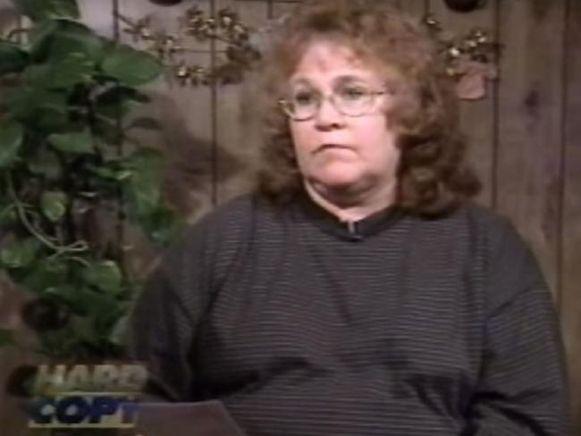 Poetsvrouw Linda Hoffman Pugh verdenkt mama Patsy van de moord op JonBenét maar was aanvankelijk zelf een verdachte.
