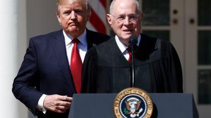 Rechter Amerikaans Hooggerechtshof gaat met pensioen, Trump mag al tweede nieuwe rechter benoemen