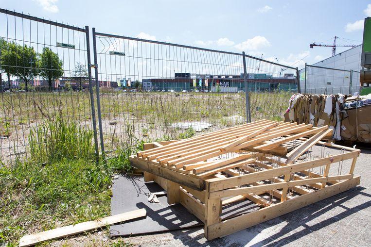 Na de sloop van een ander sorteercentrum in Amsterdam blijft een lege ruimte achter. Beeld Cigdem Yuksel