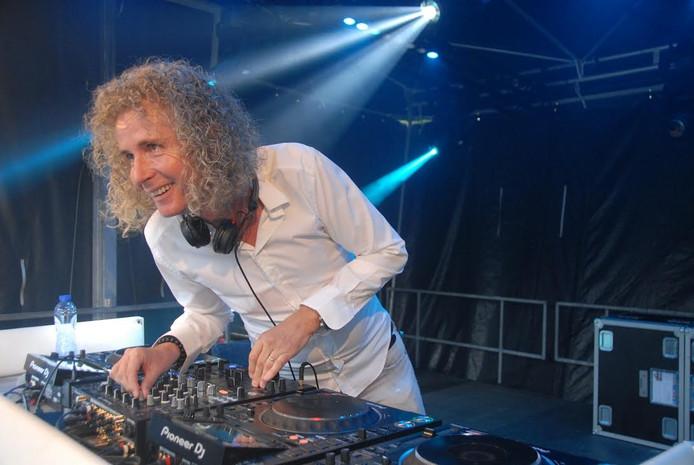 DJ Perry (Stuiver)