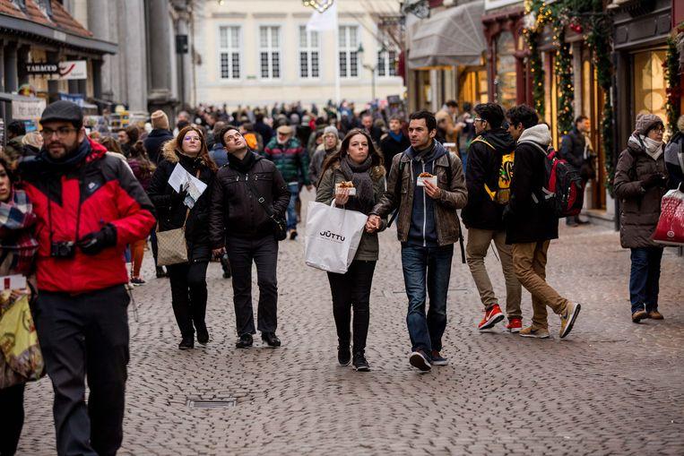 Brugge -- drukte in de straten: een vertrouwd beeld