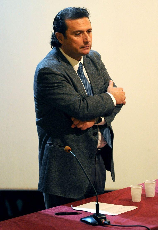 Francesco Schettino tijdens een zitting. Beeld photo_news
