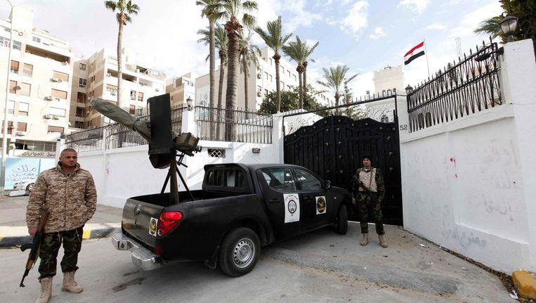 De Egyptische ambassade in Tripoli. Beeld epa