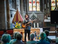 Aanstormend poptalent krijgt tóch de kans om ontdekt te worden tijdens Booster, online in Enschede