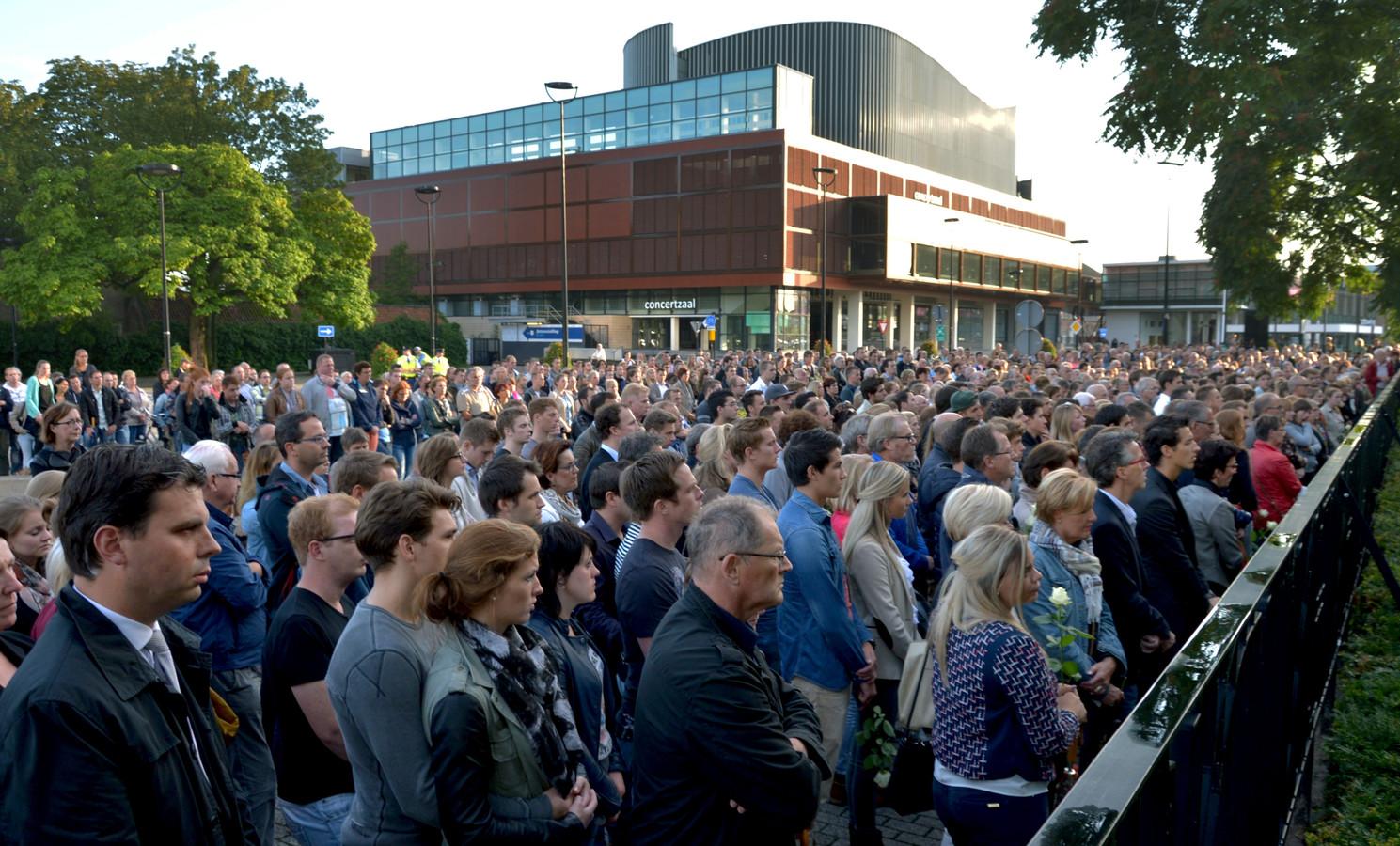 Honderden mensen liepen mee met de stille tocht.