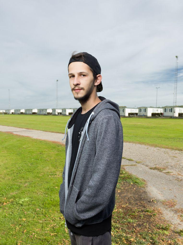 Arbeidsmigrant Erik Varju werkt in de buurt van Ter Aar. Hij komt uit Slowakije en woont in een vakantiepark bij Ter Aar dat verhuurd wordt aan arbeidsmigranten. Beeld null