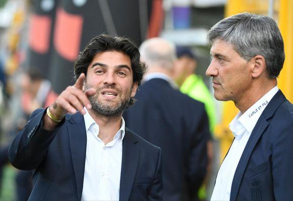 Mehdi Bayat met coach Felice Mazzu.