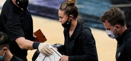 Becky Hammon première femme coach en NBA, LeBron James à la fête pour ses 36 ans