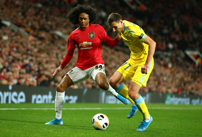 Tahith Chong in actie namens Manchester United tegen Astana.