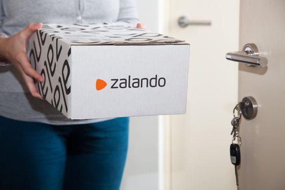 Handelsfederatie Comeos wil dat webwinkels Amazon en Zalando worden belast.