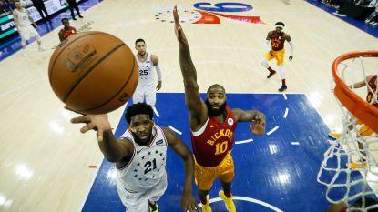 VIDEO. Philadelphia rukt op, koplopers Golden State en Milwaukee laten zich verrassen