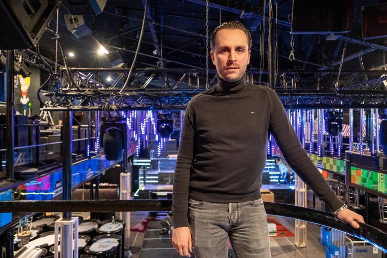 Tim Van Campenhoudt, manager of the Carré disco in Willebroek
