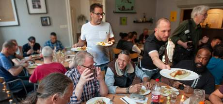 Driegangendiner van sterrenkok in Den Bosch: 'Als het voor niks is smaakt het zo lekker, hè!'