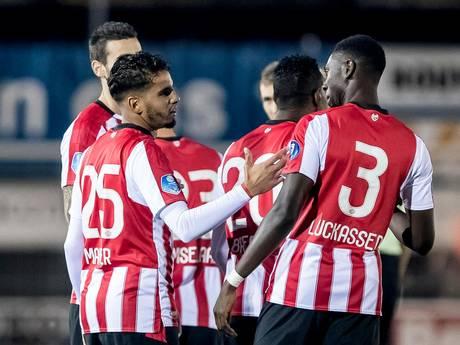 LIVE: PSV laat na score op te voeren in Putten