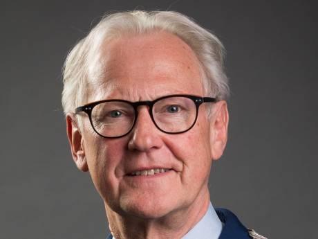 Waarnemend burgemeester Jan Pieter Lokker 'past niet alleen op de winkel'