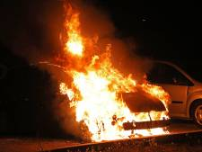 Weer autobrand in Johan Doornstraat in Oss