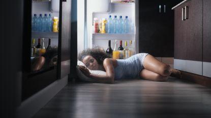 Doe het niet naakt, neem geen koude douche: experte geeft tips om beter te slapen tijdens hittegolf