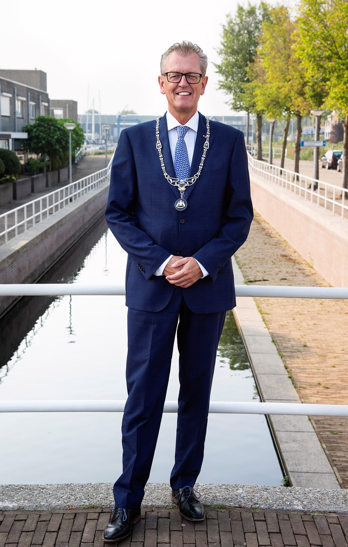 Burgemeester Gerrit Jan Gorter van Zeewolde.