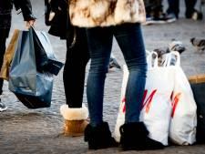 Nederlandse economie groeit mede doordat consumenten veel uitgeven