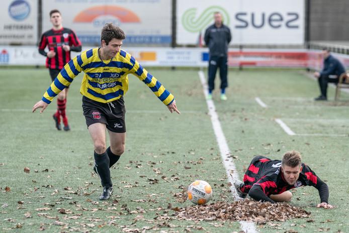 Excelsior Zetten (r) en UNI vv troffen elkaar ook in februari van dit jaar nog.