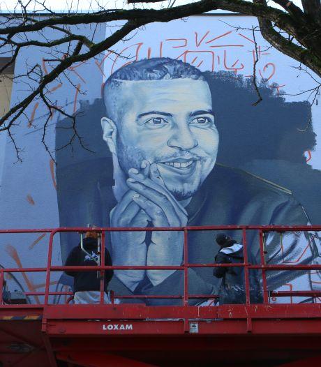 Muurschildering als eerbetoon aan doodgeschoten rapper Feis: 'Hij verdient een zichtbare plek'