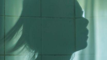 Getuigenis van Nederlands meisje: hoe de 13-jarige Sterre tot prostitutie werd aangezet