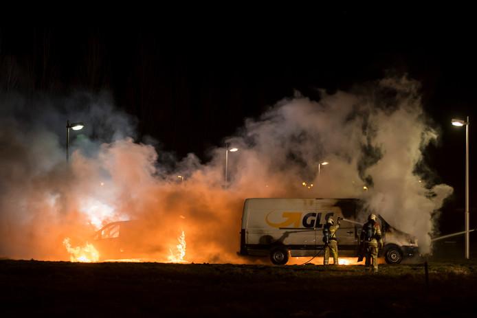 Een felle brand vanavond bij het bedrijf GLS