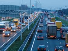 A58 tussen Tilburg en knooppunt de Baars weer vrij na ongeluk