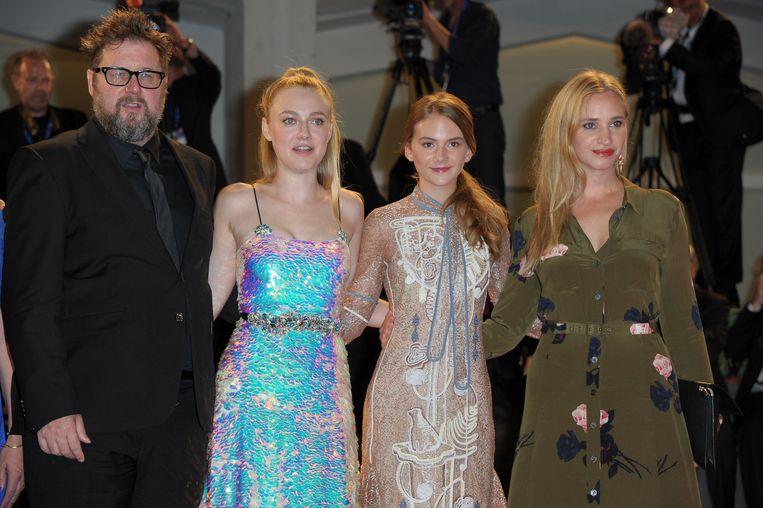 Martin Koolhoven, Dakota Fanning, Emilia Jones en Vera Vitali.