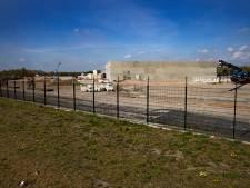 Illegale bouwwerkzaamheden stilgelegd haven Budel-Dorplein