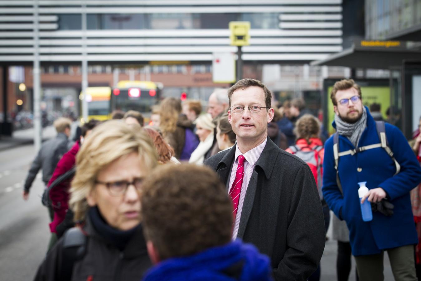 Directeur Floris de Gelder (met rode stropdas) van het Utrecht Science Park