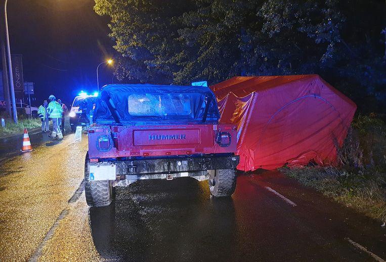 Een 17-jarige fietsster belandde onder een jeep op de Herentalsesteenweg.