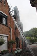 De brand vernielde de hele woning.