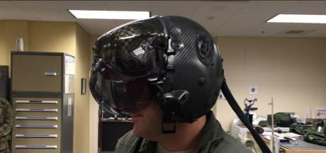 JSF-piloten leren vliegen met helm van half miljoen